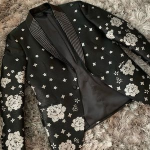 Other - Diamond lapel men's blazer with floral sleeves